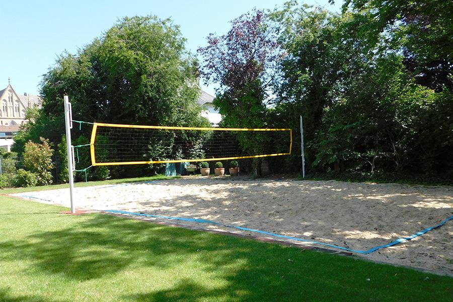 Volleyballplatz-900x600px.jpg